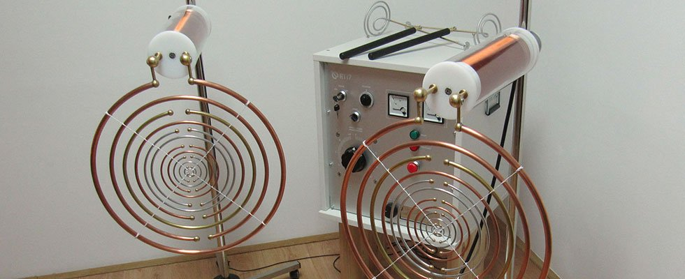 Multi-Wave Oscillator